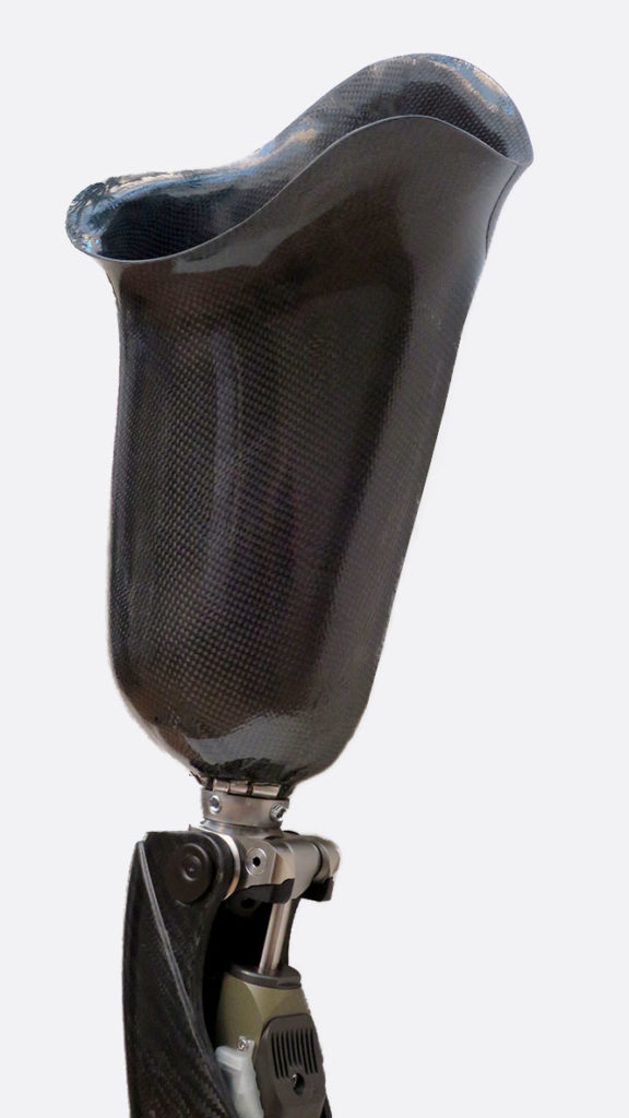 encaje-fibra-carbono-protesis-genium