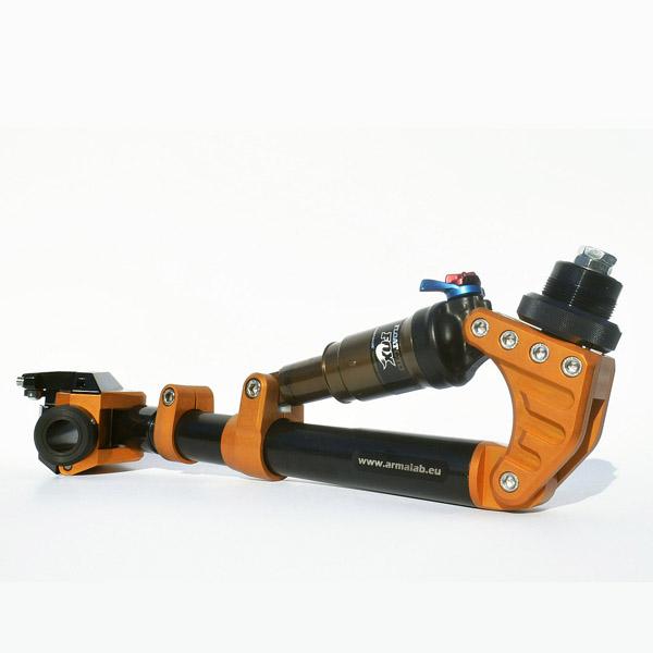 protesis-arm-lab-conducir-moto-bici-ortosur-600